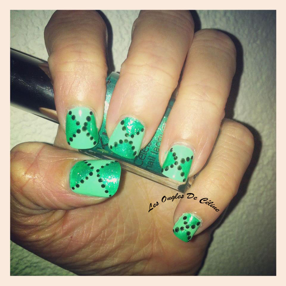Un peu de vert dans Nail art 544267_628060547209831_60565261_n